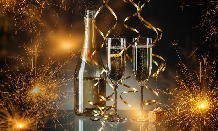 Copas de champaña de plástico